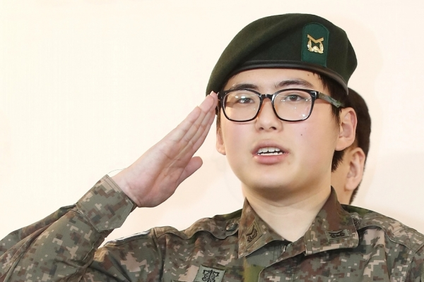 Army to decide on possible reinstatement of transgender soldier