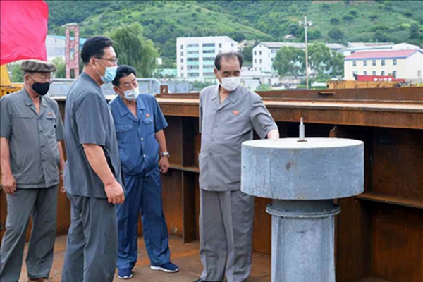 N. Korea's No. 3 leader visits major port to check on antivirus measures