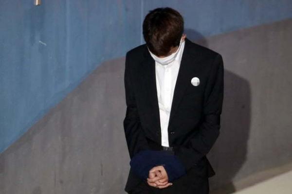 [Newsmaker] Supreme Court affirms prison terms of singers in rape case