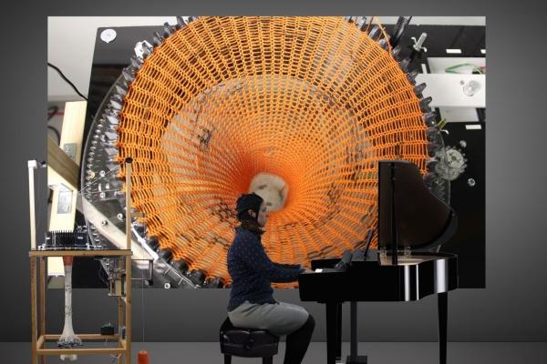 Visualizing Beethoven's music through brain waves