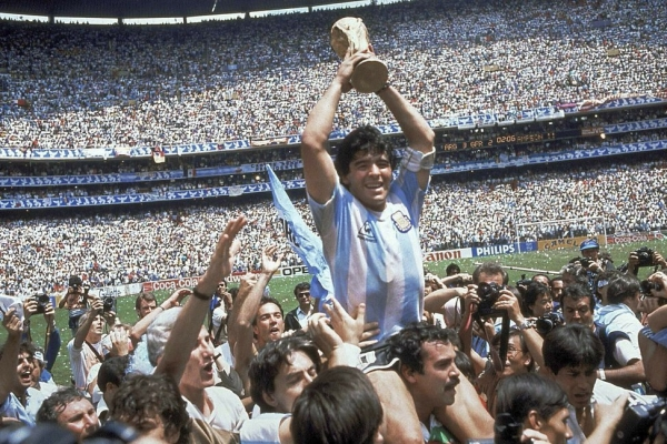 [Newsmaker] Argentine soccer great Diego Maradona dies at 60