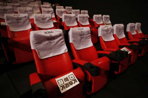 COVID-19 decimates theaters, Netflix takes over