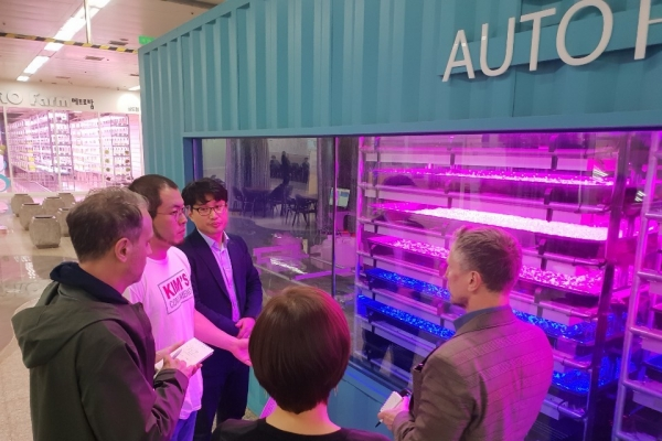 Future of agriculture grows under Seoul's subway stations