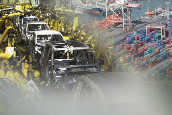 Auto exports jump 35%  on eased pandemic jitters