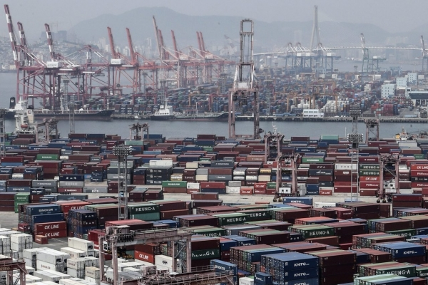 S. Korea's exports grow 12.5% in first 20 days of March