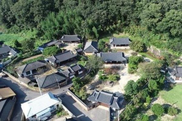 S. Korean cities race to host new 'Lee Kun-hee art museum'