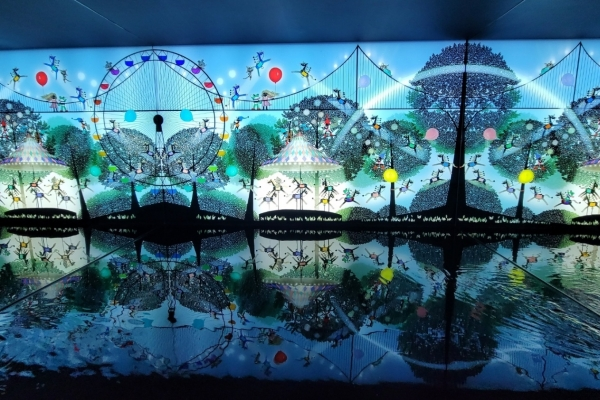 Japanese shadow painting master delivers hope, delight in Seoul