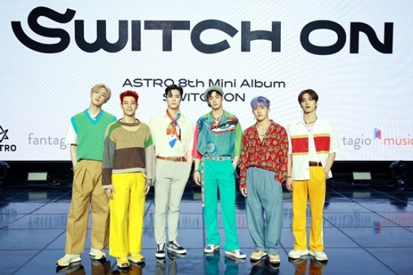 [Today's K-pop] Astro returns with 'Switch On' EP