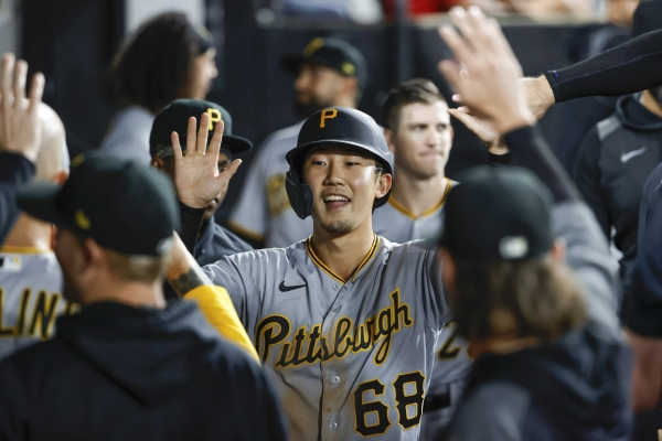 One S. Korean player called up to MLB, another sent down to minors