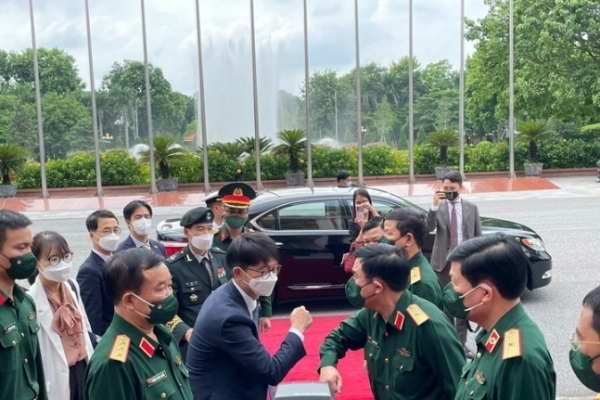 S. Korea, Vietnam vow to boost defense ties during vice-ministerial talks