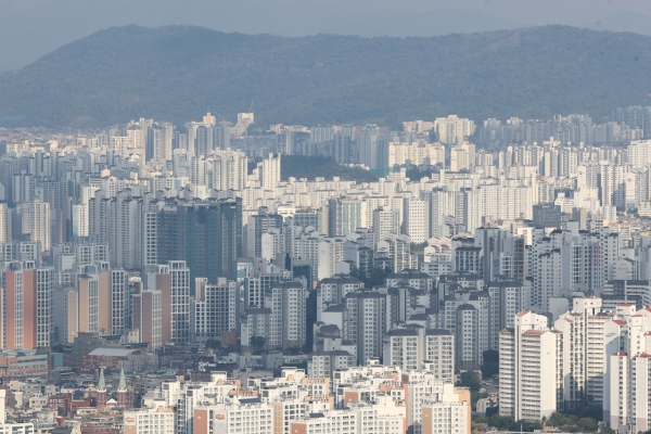 [News Focus] Seoul housing prices climb 7% since May