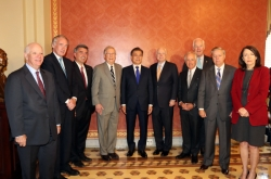 Moon meets with US Congress leaders