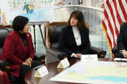 Pence meets NK defectors, highlights NK regime's brutality