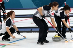 [PyeongChang 2018] Korea female curling team beats Sweden