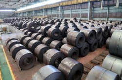 US temporarily exempts Korea from steel tariffs