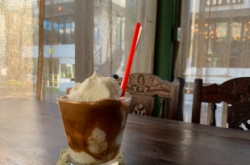 [Weekender] Vietnamese coffee and sandwiches in Seoul
