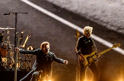 U2's 1st outing in Seoul a gift after long wait