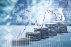 Private investors' appetite for high-risk assets continues