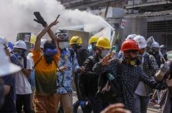 Myanmar junta spurns UN appeal, kills more protesters