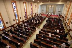 Churches celebrate Easter amid COVID-19