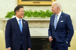 [Newsmaker] Moon's approval rating rebounds substantially on US summit deal: poll