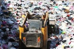 Coronavirus puts brakes on global plastics production