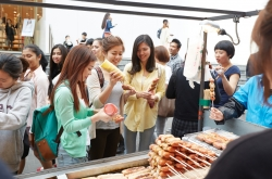[Newsmaker] Foreign population in Korea shrinks to lowest level in 5.5 years
