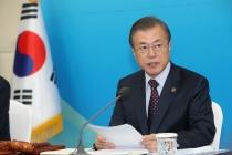 President Moon orders full efforts to retrieve bodies from chopper crash site