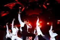 [Photo news] BTS performs at 2019 Jingle Ball