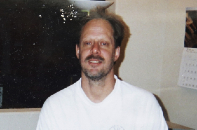 [Newsmaker] Vegas gunman Stephen Paddock: retired accountant, heavy gambler