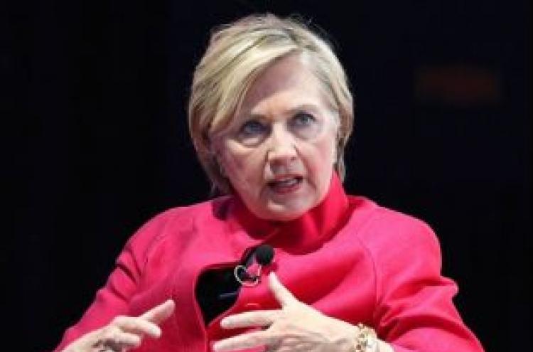 Hillary Clinton warns US credibility hurt by Trump's 'dangerous' war of words