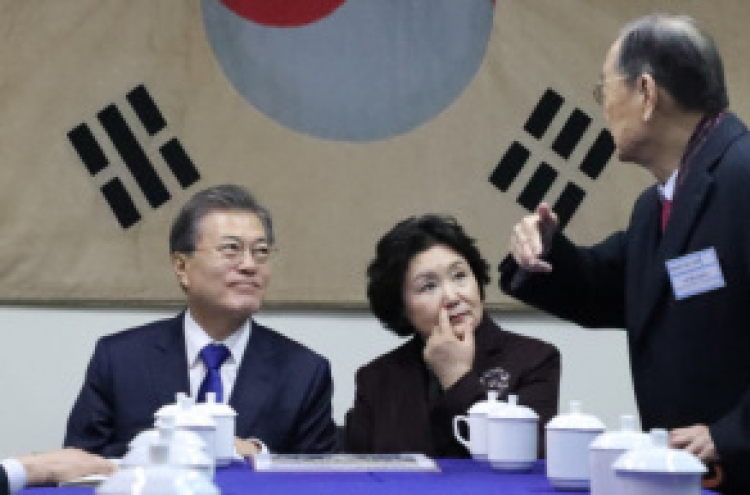 Moon highlights S. Korea-China ties in visit to site of independence movement