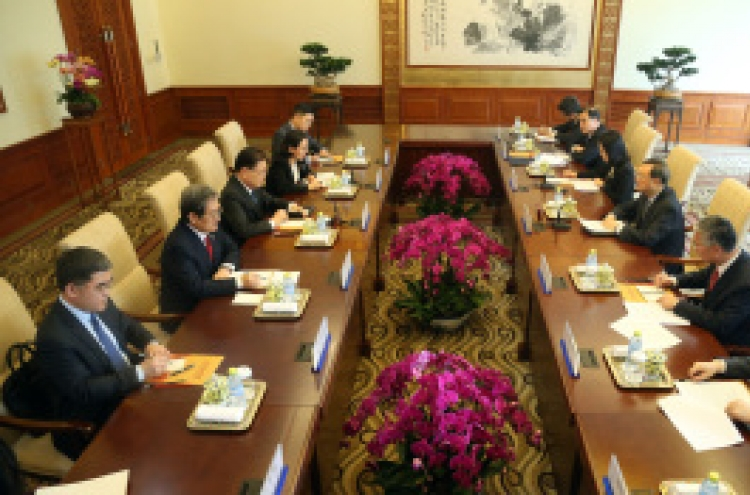 China supports current diplomatic efforts to resolve NK nuke issues