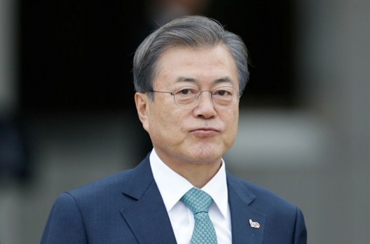 Moon to pass halfway point with challenges at home and abroad