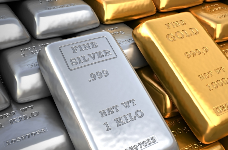 Gold, silver funds shine as investors flock to low-risk assets