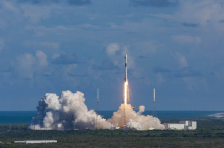 S. Korea launches first military communication satellite