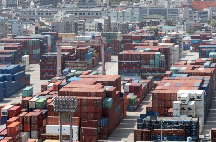 Exports fall 24% in first 10 days of August