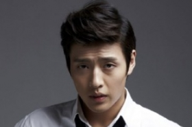 7 out of 10 Korean stars putting off military duties