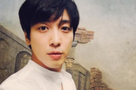 University set to revoke idol singer's graduate school admission over unfair treatment