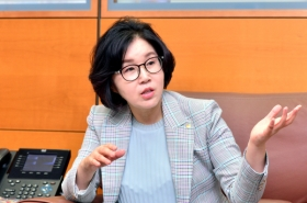 Corporate Korea on track to welcoming more female leaders: Woori Bank executive VP