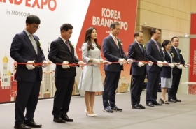 Korea faces retreat from GDP, export powerhouses