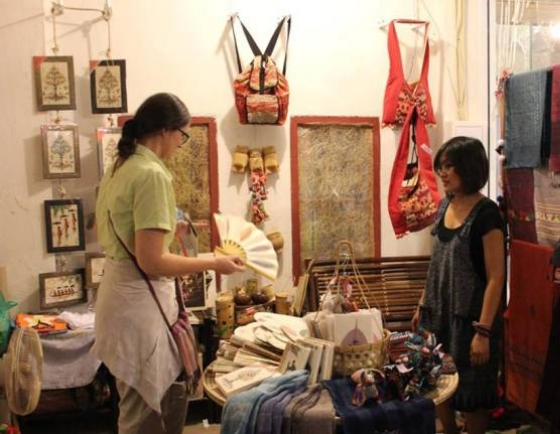 Passion for quality, authenticity propels souvenir business