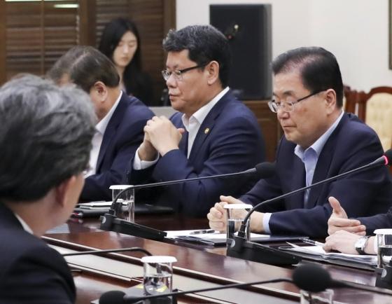 Cheong Wa Dae says N. Korea seems to have fired SLBM