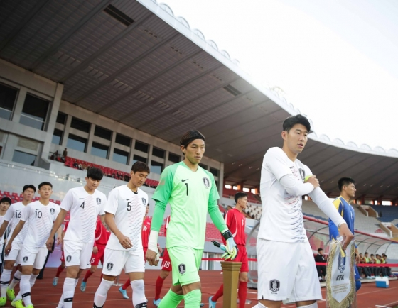 S. Korea held scoreless by N. Korea in chippy World Cup qualifier