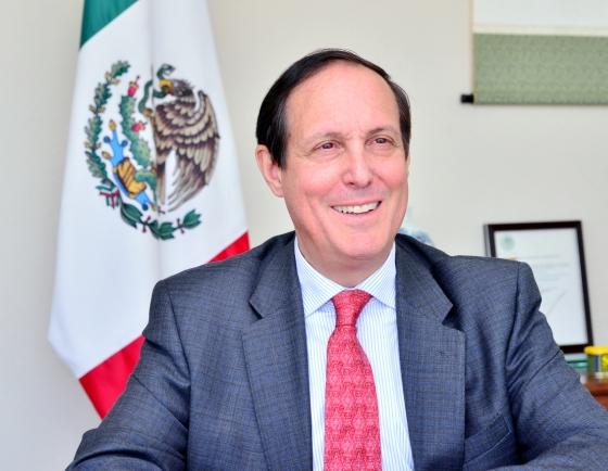 [Diplomatic circuit]  [Meet the diplomat]  Mexico top diplomat in Seoul optimistic on Seoul's Pacific Alliance associate membership prospects