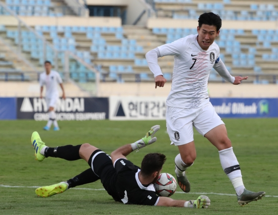 S. Korean football attackers hold themselves accountable for 2nd straight 0-0 draw