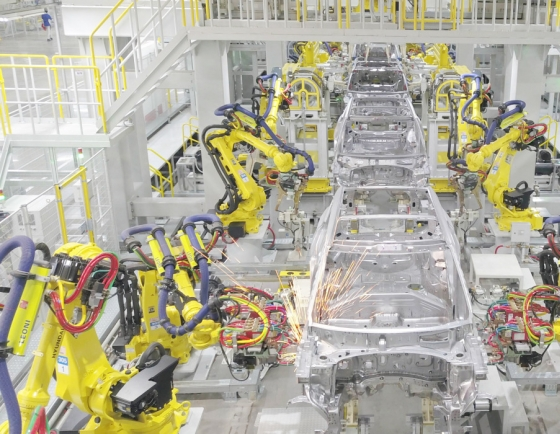Kia to accelerate sales in India as new plant kicks off