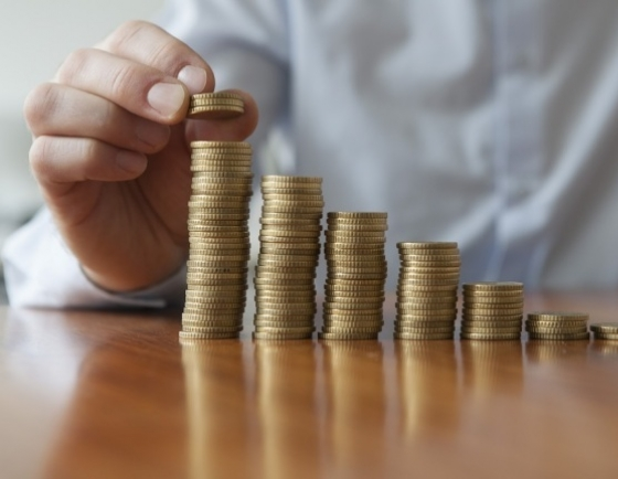 South Koreans consider person with W3.9b in assets to be wealthy