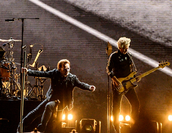 [Herald Review] U2's 1st outing in Seoul a gift after long wait