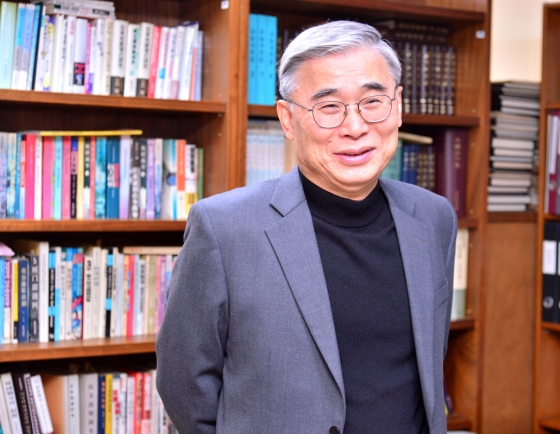 [Herald Interview] N. Korea's demand for halt of US-S. Korea military drill shows desperation for economic growth: ex-minister